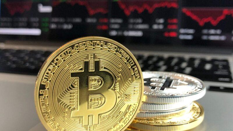 CryptoMichaël: Bitcoin koers maakt zich klaar om uit te breken?