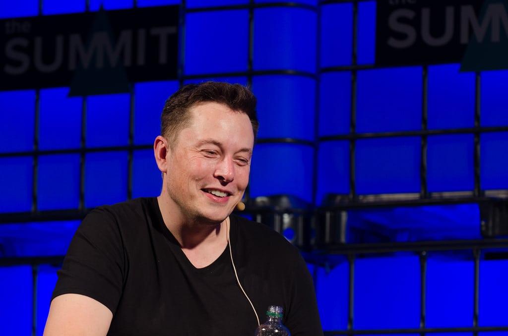 SpaceX heeft Bitcoin gekocht & Tesla kan BTC weer gaan accepteren